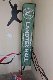 4,5m high flag Landtek Finland Oy