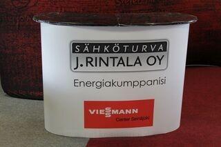 Iso esittelypöytä J.Rintala