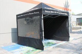 3x3m Pop up teltta ikkunalla