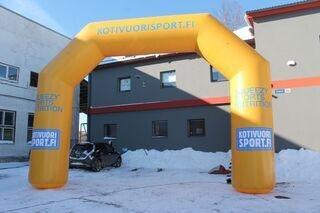 Kotivuorisport.fi mainoskaari